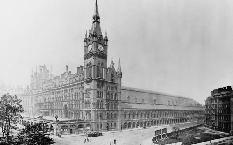 The Midland Grand Hotel and St Pancras Station, designed by George Gilbert Scott, at King's Cross in London, circa 1880. (Photo by Hulton Archive/Getty Images)